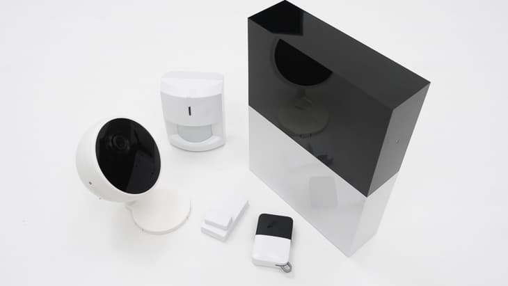 Abode Smart Security Kit Components